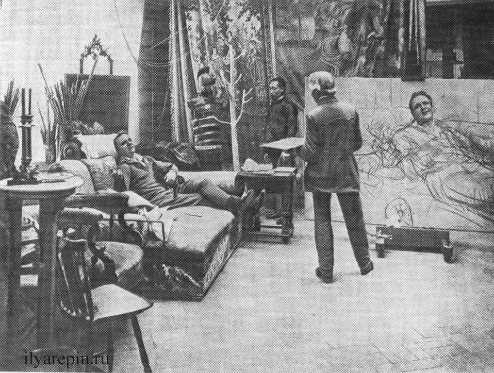И. Е. Репин пишет портрет Ф. И. Шаляпина.; Фотография 1914 г.